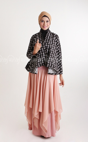 Lilly Skirt by Aprilia