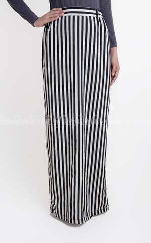 Stripes Skirt  by SAGGnya