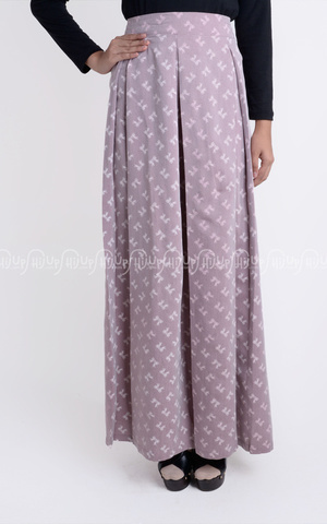 Plated Skirt by Nazlia