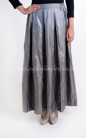 Tafetta Skirt by Beshara