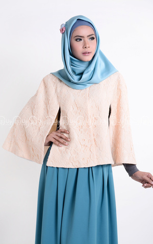 Annisa Cape by MissMarina