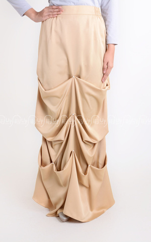 Pearl Ruffle Skirt by Aprilia