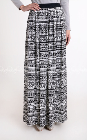 Tribal Skirt by Rani Hatta