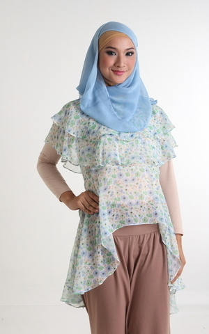 Cape Blouse by GDa'S by Ghaida