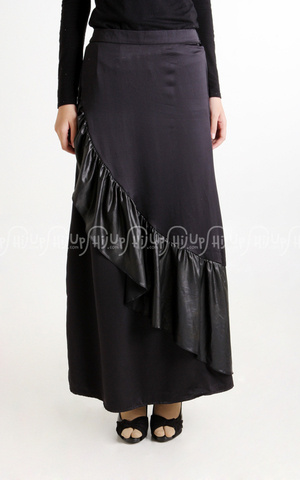 Wooden Skirt by Nada